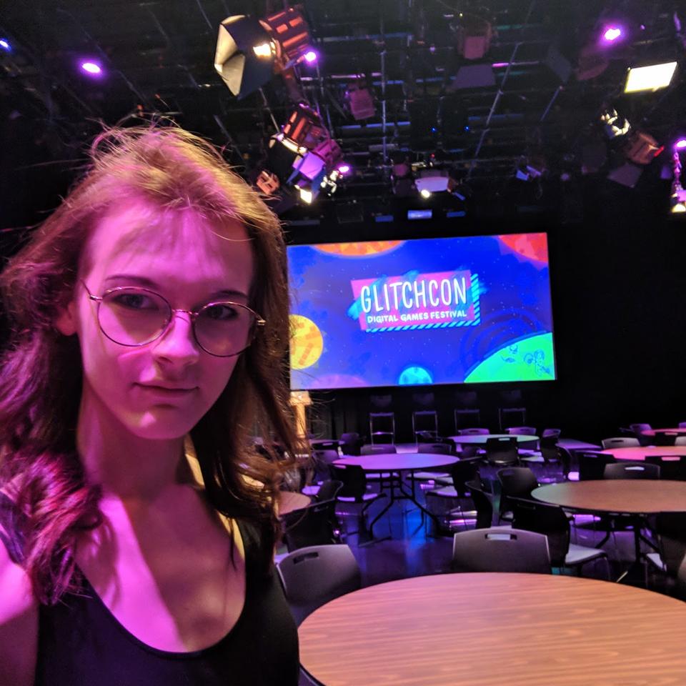 Freya Holmér på GlitchCon 2018